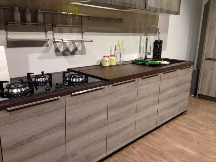 Technistone Gobi Brown Kitchen